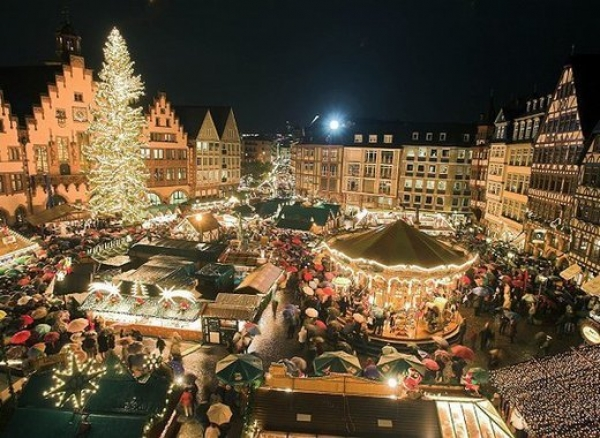 One of the Most Charming Christmas Markets Ever is in Cologne
